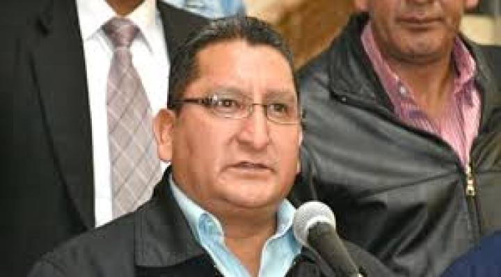 Choferes anuncian bloqueo nacional para el martes, piden diferir cuotas bancarias por otros 6 meses