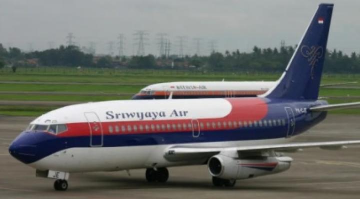 Indonesia: Desaparece avión de pasajeros con 62 personas a bordo | Brújula  Digital
