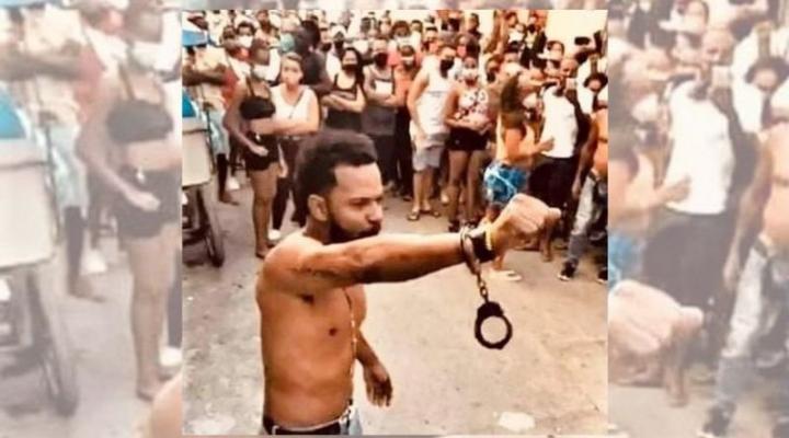"""Maykel Osorbo: """"Lo que está pasando en Cuba ahora es la muestra de que este pueblo se cansó, que ya no aguanta más"""""""