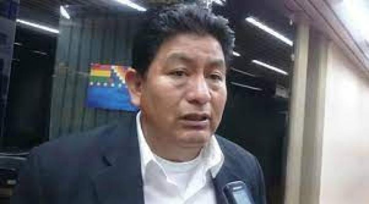 Montaño inicia juicio contra exdirector de Aasana por la reapertura del aeropuerto de Chimoré