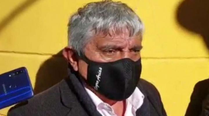 """Oficina de Iván Arias califica de """"irresponsables"""" las declaraciones de Revilla y le exige una retractación"""