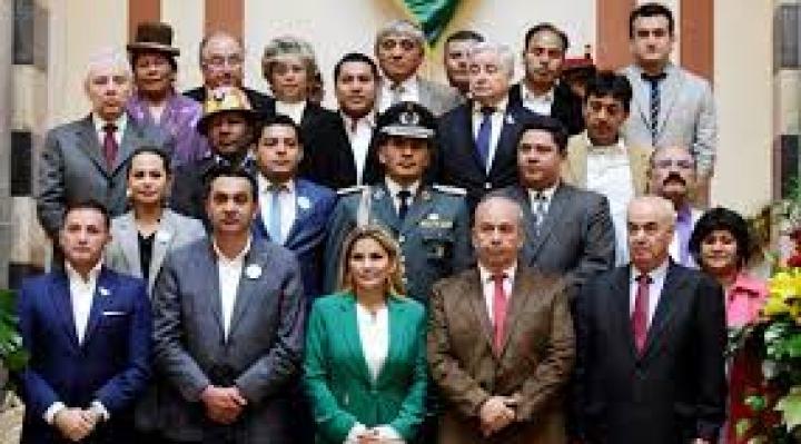 Víctimas de Senkata y Sacaba anuncian otro juicio contra Añez y su gabinete