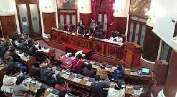 """Tres interpelaciones derivaron en defensa de teoría de """"golpe de Estado"""" y críticas al gobierno de Añez"""