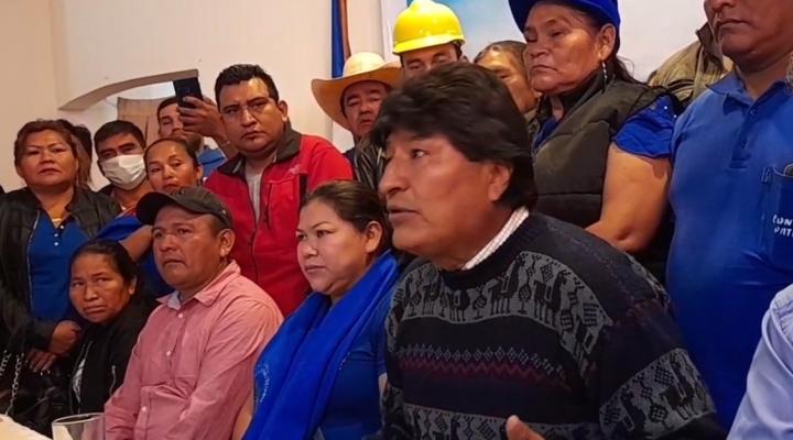 """Morales anuncia que el MAS dispondrá la pérdida de curul para los """"traidores"""""""