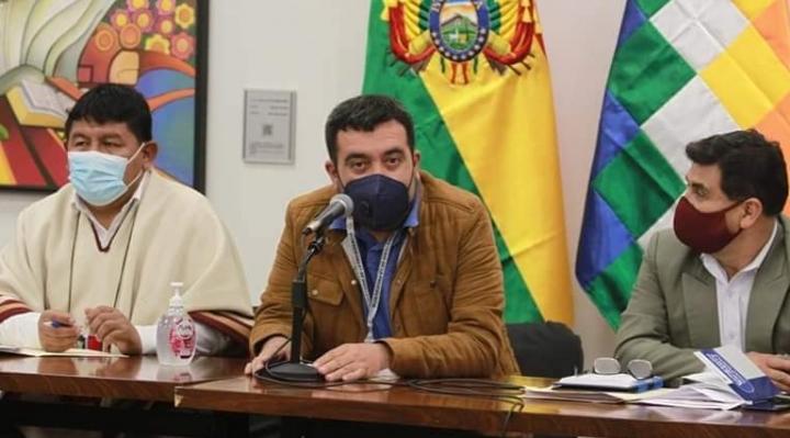 Cuarto intermedio en el diálogo entre Oruro-Potosí por el conflicto en el salar
