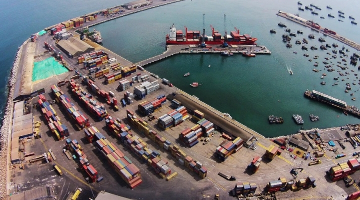 Gobierno asegura que está en pie el pedido de diálogo al puerto de Arica para hablar sobre tarifas