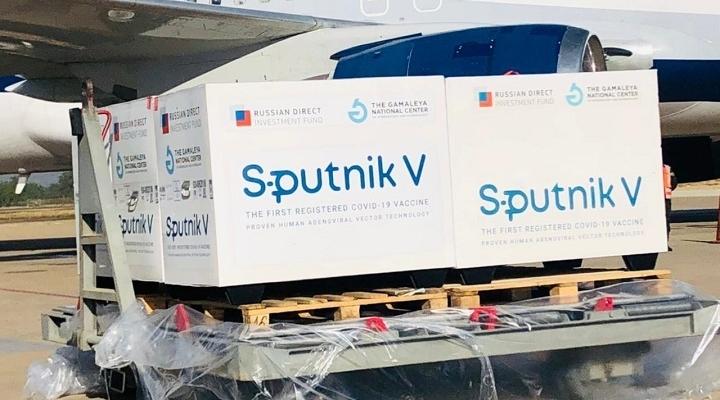 """Las segundas dosis de Sputnik V llegarán al país """"a más tardar"""" el fin de semana"""