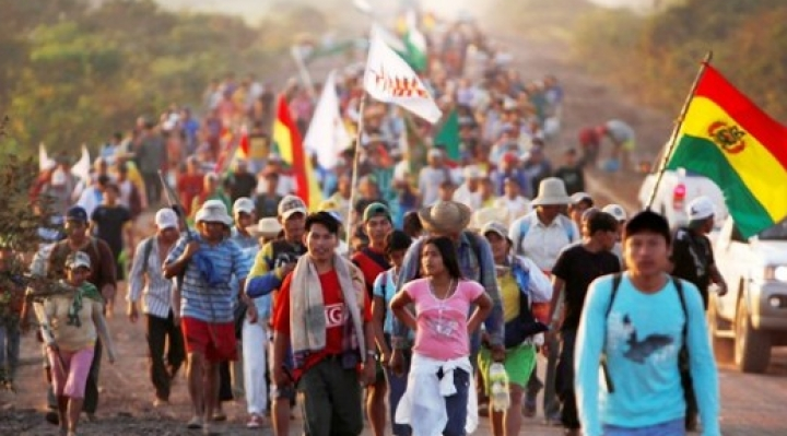 Las marchas indígenas fueron repelidas por el MAS con desinformación, descalificación y represión