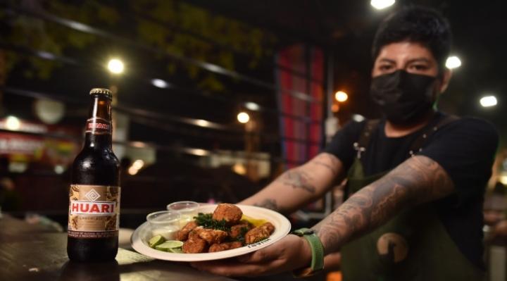 Orígenes Huari en la Expocruz recibe a los visitantes con una gran propuesta gastronómica