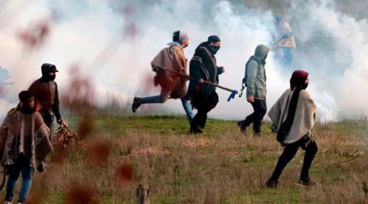 Estado de emergencia en Chile: 3 claves para entender el centenario conflicto mapuche