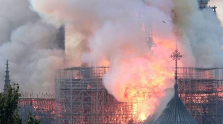 Los tesoros del Notre Dame: obras y reliquias de la gran catedral francesa
