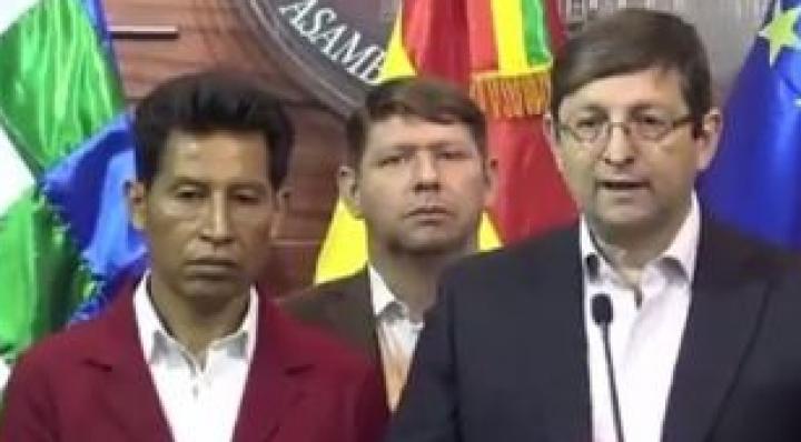 """Edwin Rodríguez acusa a Ortiz de intentar """"dividir"""" a la oposición y hacerle el juego al MAS"""