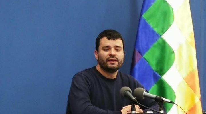 """Canelas dice que no es cierto complot contra Mesa y dice que """"el silencio erosiona su apoyo electoral"""""""