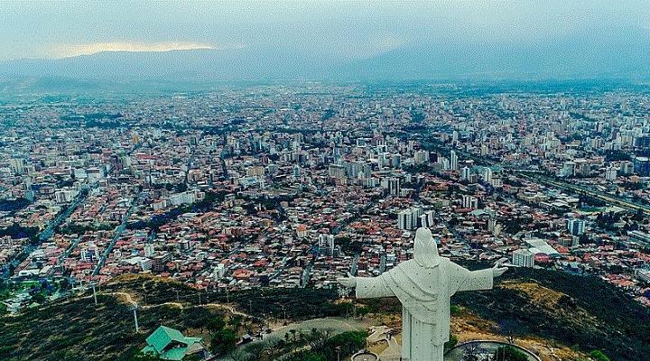 Cochabamba suspende serenata por solidaridad con la Chiquitania donde el fuego no se apaga