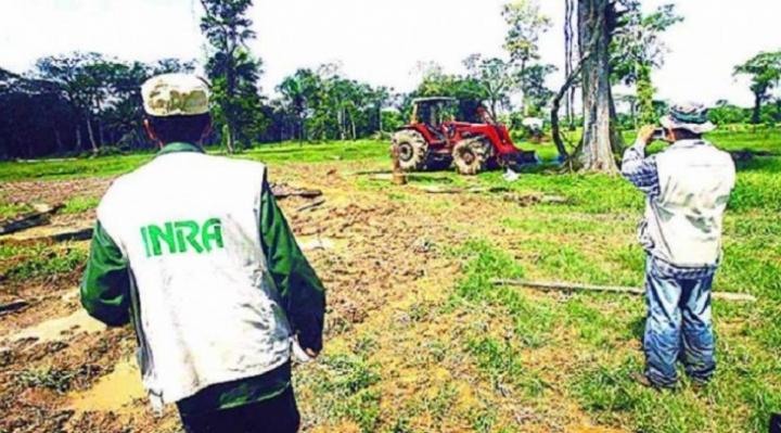 Santa Cruz: Director del INRA admite dotación de tierras en zonas de la Chiquitanía