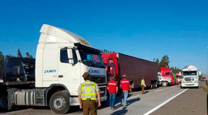 El comercio boliviano en Arica pierde $us 100 millones y 1.400 camiones están parados hace 11 días