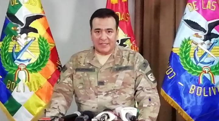 """Militares: ni adiestran funcionarios públicos ni recibieron """"bono de lealtad"""""""