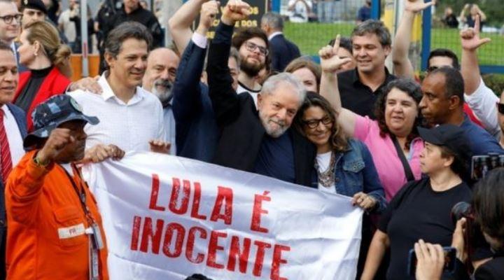 Liberan a Lula: el expresidente de Brasil sale en libertad tras pasar 19 meses preso por un caso de corrupción