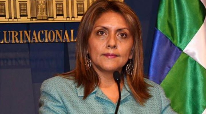 Exministra López huyó a Argentina y hay 22 personas acusadas de corrupción por caso Neurona Consulting