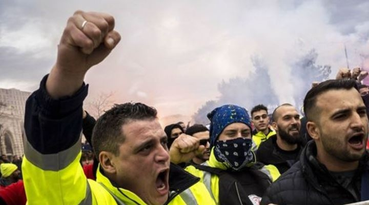 Huelga en Francia: qué hay detrás del mayor paro en el país en décadas (y qué tiene en común con las movilizaciones en América Latina)