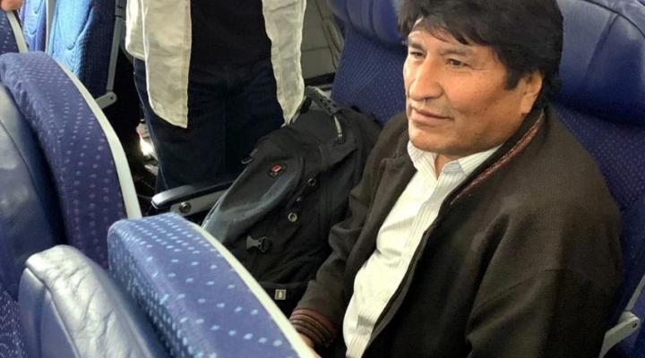 Morales anuncia que no irá a Chile después de que un diputado de ese país pidió su detención