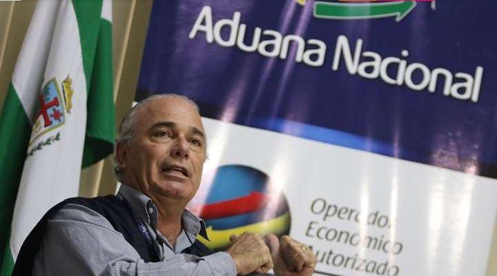 """Presidente de la Aduana: """"Quintana se escogía lo decomisado y el saldo iba a remate"""""""