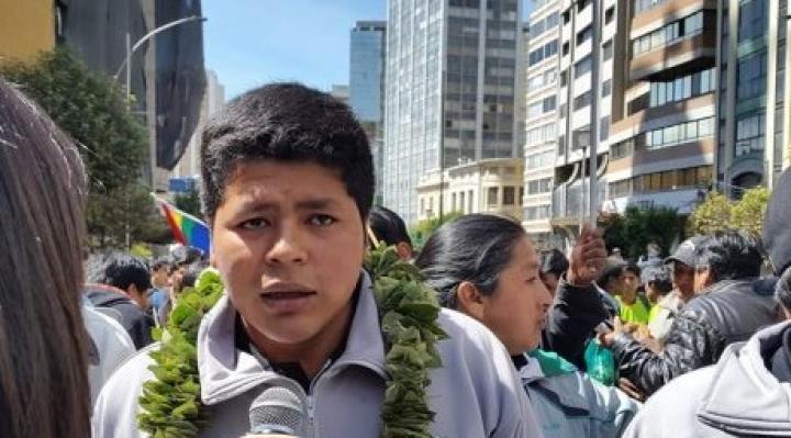 Invitan a Franclin Gutiérrez al Chapare para animar a jóvenes a que se alejen del MAS