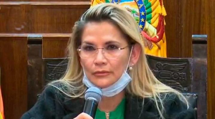 Añez celebró que Oruro tome conciencia en la lucha contra el coronavirus.