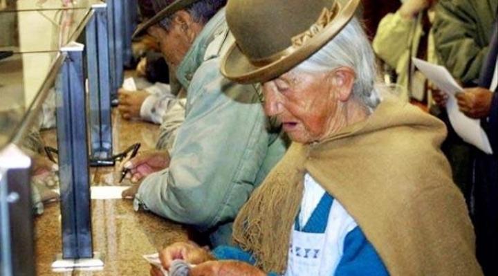 Jubilados reiteran pedido a presidenta Áñez para que duplique la Renta Dignidad mientras dure la crisis originada por el coronavirus