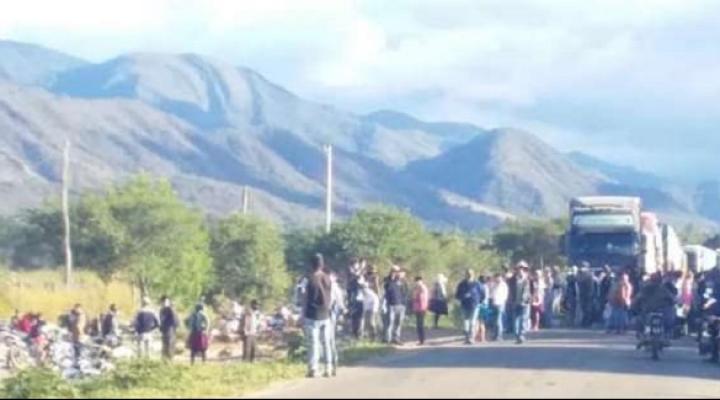 Fiscalía anuncia investigación por hechos vandálicos registrado durante bloqueo en Mairana