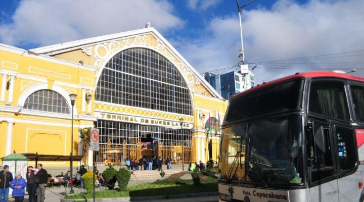 Buses reanudan viajes entre La Paz y Oruro después de cien días de paralización