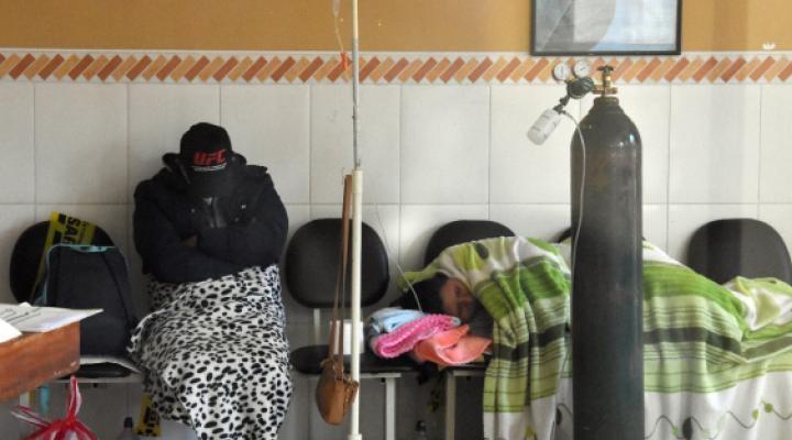 Cochabamba: Reportan más de 40 bajas en personal de salud de la CNS por COVID-19