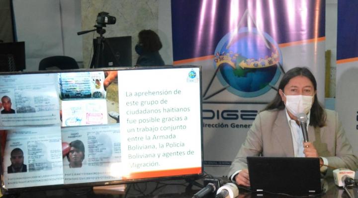 Detienen a 46 haitianos en Santa Cruz por presunto caso de trata de personas