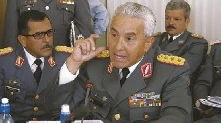 """Bersatti revela que Evo quería """"suplantar"""" las FFAA por """"milicias populares"""" con apoyo de Cuba"""