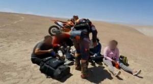 """""""Solo un par de horas más y no la contamos"""": cómo fue el rescate de un grupo de migrantes venezolanos abandonados en el desierto de Chile"""