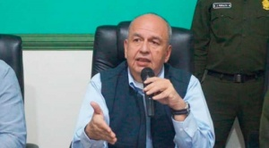 """Ministro Murillo admite diferencias con Ortiz por el caso Elfec y dice que """"a mí no me manda ninguna logia"""""""