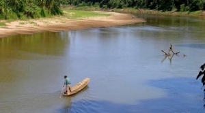 Fundación Tierra denuncia a Marinkovic de tráfico de tierras, éste niega la acusación