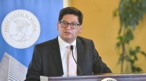 Gobierno anuncia que hará cumplir pago del aguinaldo y privados piden hacerlo en dos cuotas