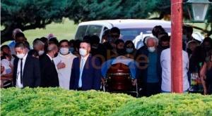 El último adiós a Diego Maradona: familiares y amigos lo despidieron en una ceremonia íntima 1