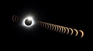 El eclipse solar alcanzó la totalidad y brindó un espectáculo único en la Argentina y en Chile