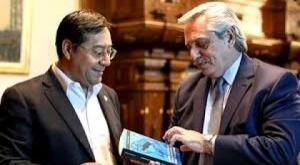 Argentina ayudará a Bolivia a comprar vacunas contra el Covid-19