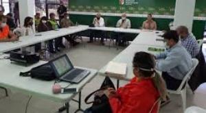 Santa Cruz y Cochabamba prohíben fiestas por año nuevo para prevenir el Covid-19