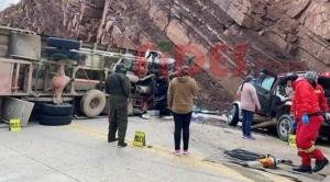 Choque frontal en carretera Oruro Pisiga deja cinco fallecidos 1