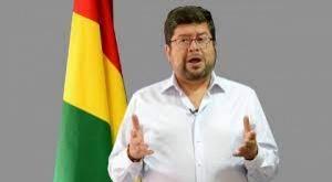 """Doria Medina califica de """"irresponsable"""" la propuesta de devolver parte de aportes a las AFP"""
