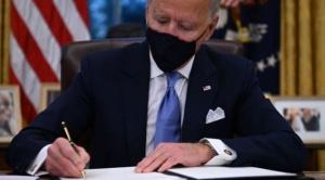 Biden presidente: las 17 primeras medidas con las que empieza a revertir las políticas de Trump