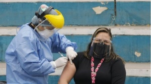 Perú recibirá 700.000 dosis de la vacuna Sinopharm y se sumarán a las 300 mil que ya se aplican