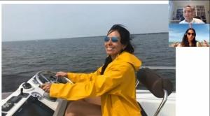 """Desde Afuera con Ana Paola Hurtado: La """"nómada digital"""" boliviana que ha instalado su oficina en la popa de un barco"""