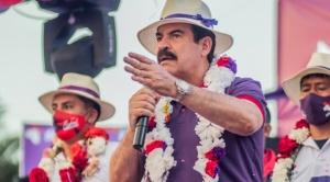 La ley permite que Reyes Villa sea reemplazado por otro candidato