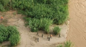 Continúa la búsqueda de al menos dos niños en río Bermejo después que un gomón naufragara 1