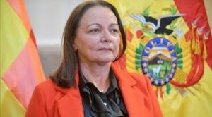 Fiscalía solicita alerta migratoria para exministra Roca por caso respiradores 1